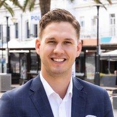 Jed Redden, Sales representative