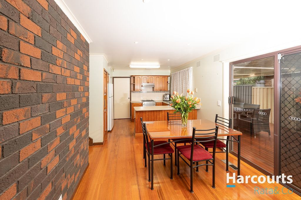 88 Peppercorn Parade, Epping VIC 3076, Image 2