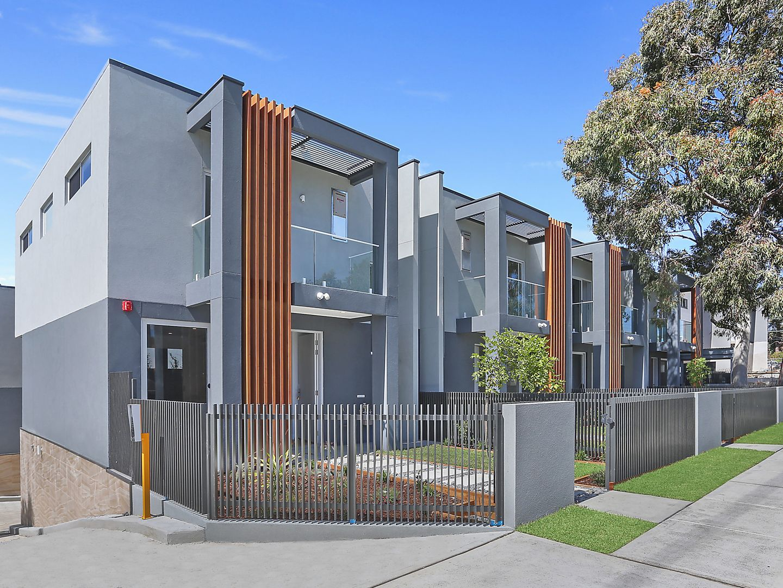 64-66 Cambrai Avenue, Engadine NSW 2233, Image 0