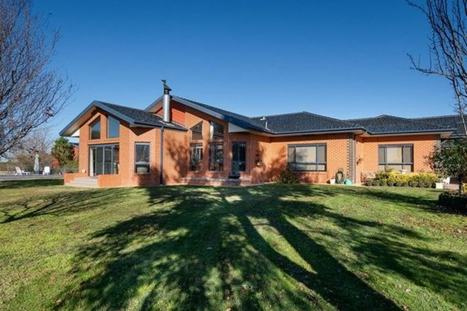 Picture of 1 Mitchell Road, LAKE ALBERT NSW 2650