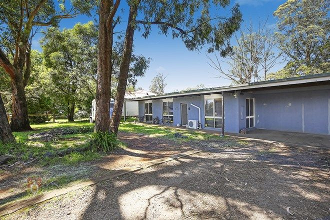 Picture of 8 Victoria Road, KINGLAKE VIC 3763