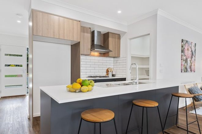 Picture of 35 Bradby Avenue, MOUNT CLEAR VIC 3350