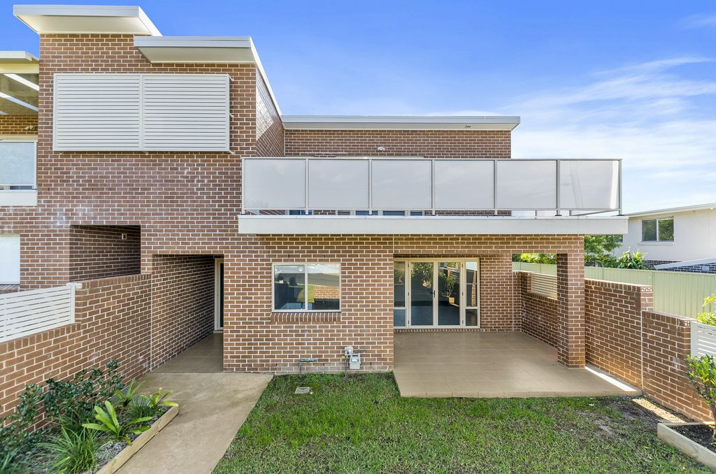 3/14-16 Campbell Street, Woonona NSW 2517, Image 0