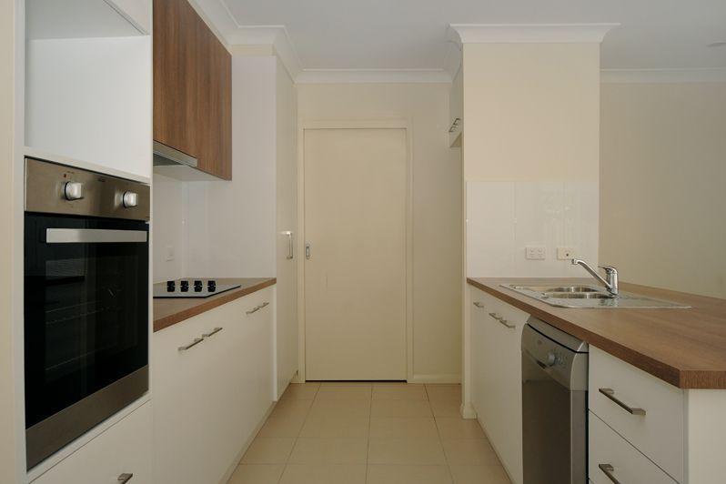 Unit 5/22 Payne Street, Wilsonton QLD 4350, Image 2