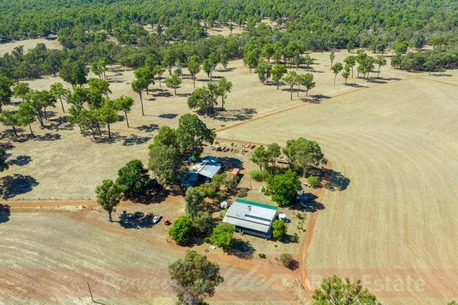 Picture of 372 Yourdamung Road, PALMER WA 6225