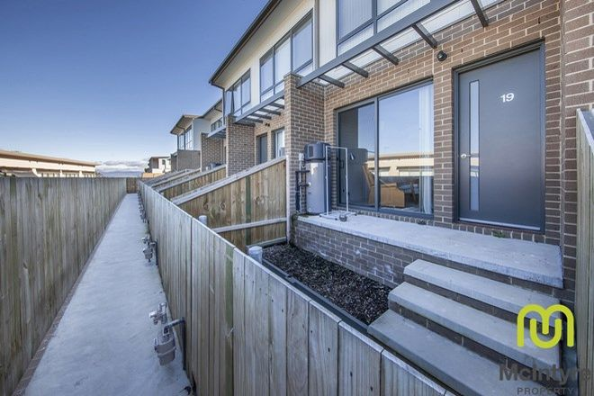 Picture of 19/15 Wanderlight Avenue, LAWSON ACT 2617