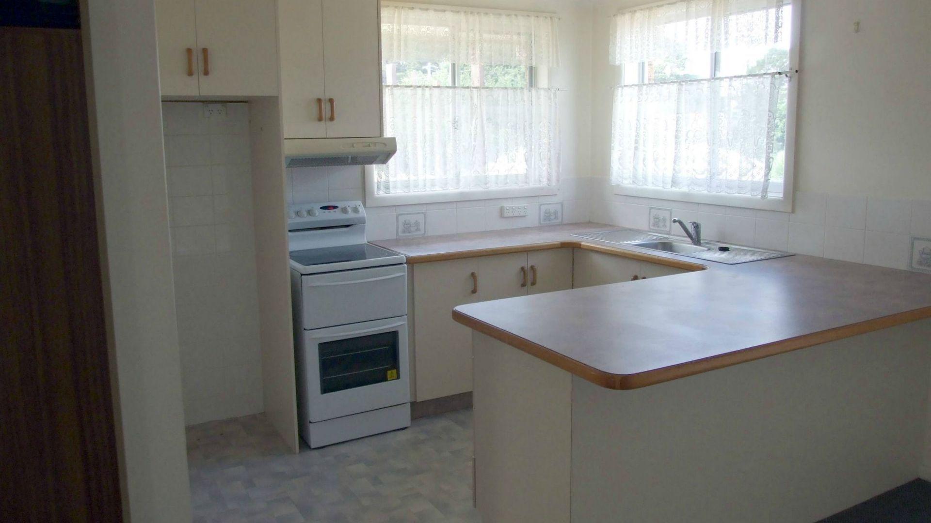 2/9 Yule Street, Eden NSW 2551, Image 1