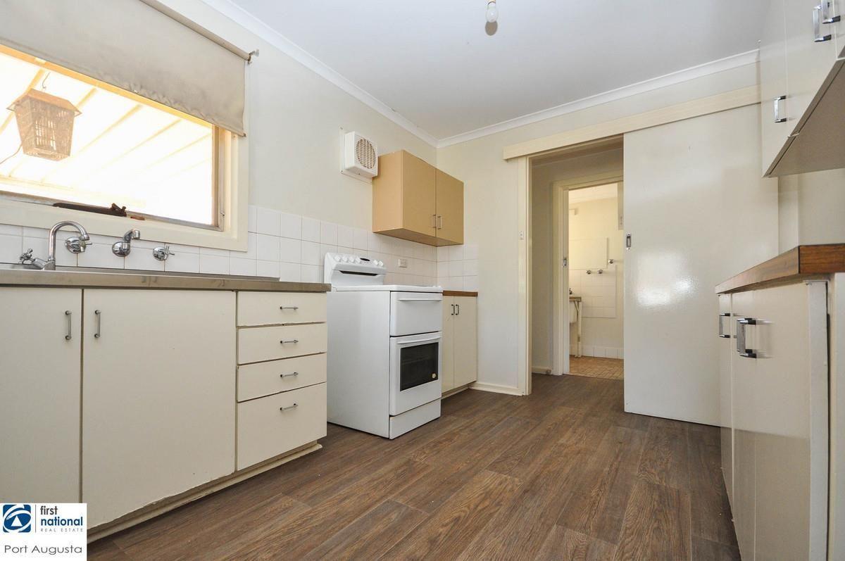 17 Kirwan Crescent, Port Augusta West SA 5700, Image 2