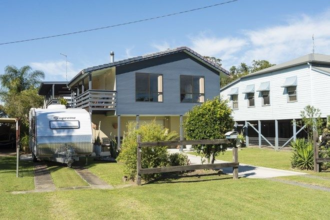 Picture of 65 Richmond Street, WOODBURN NSW 2472