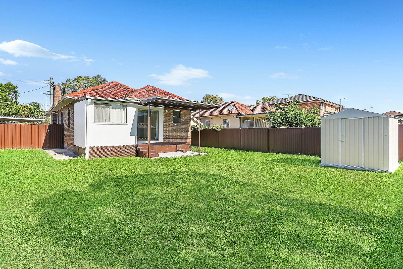 12 Leslie Street, Roselands NSW 2196, Image 2