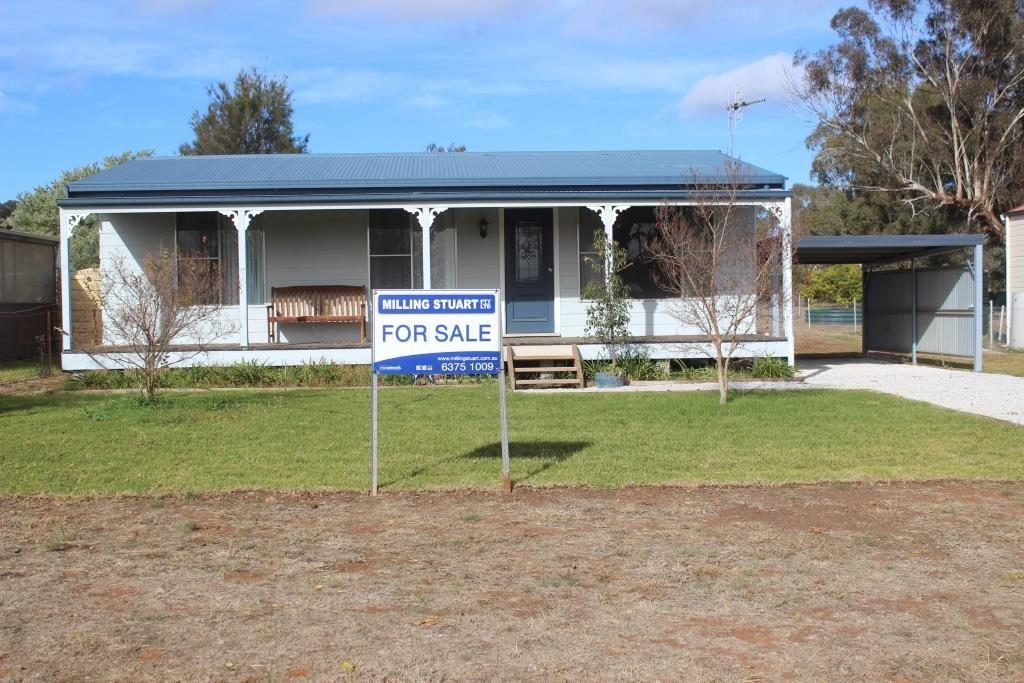 94 Bullinda Street, DUNEDOO NSW 2844, Image 2