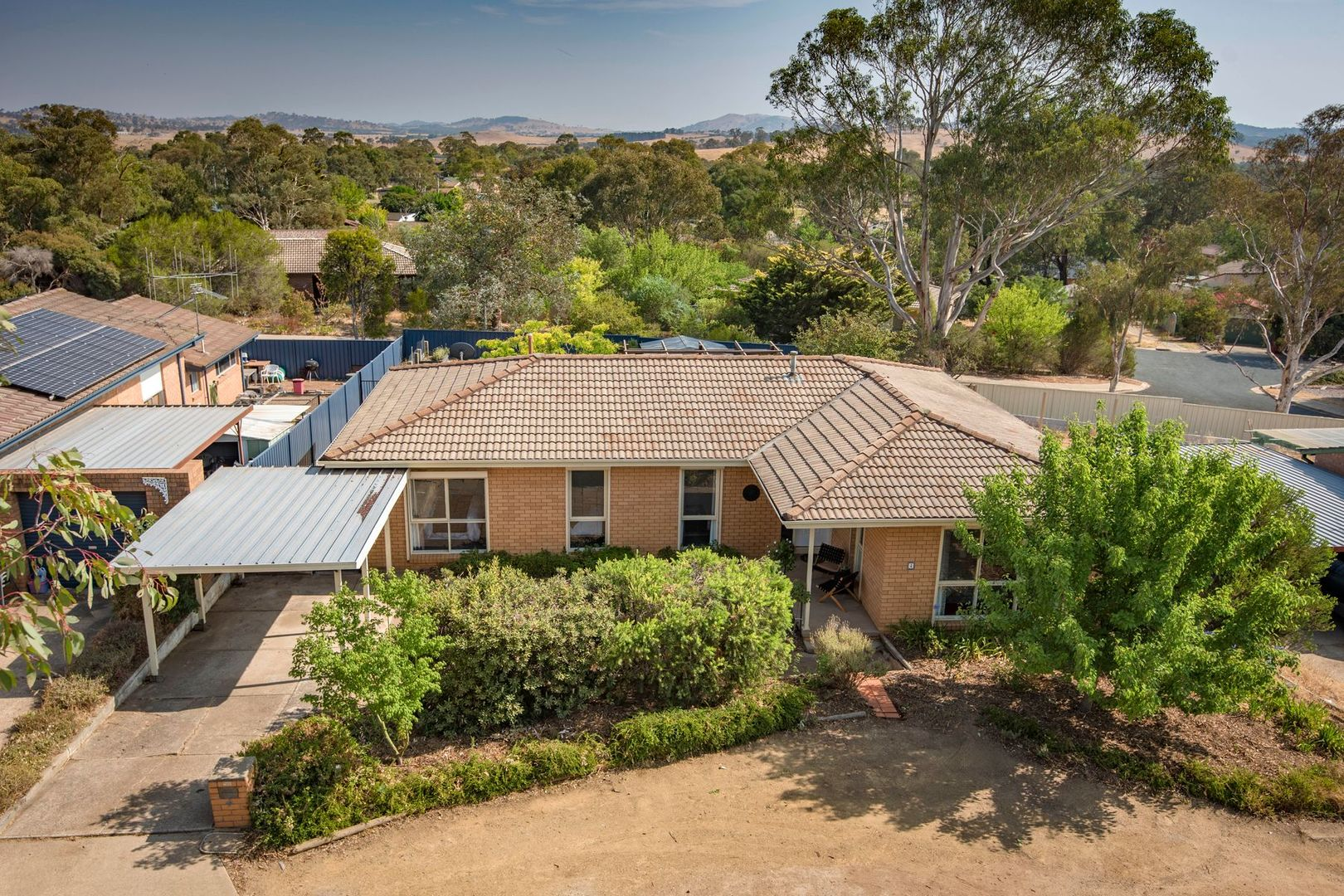4 Dean Place, Charnwood ACT 2615, Image 0