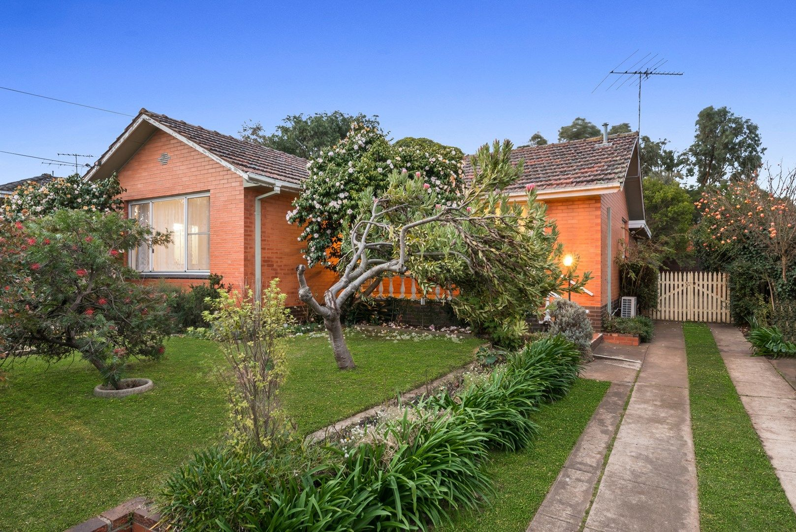 30 Cuthbert Avenue, Highton VIC 3216, Image 0