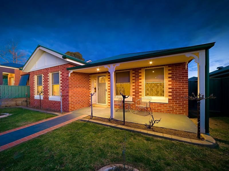 377 Amatex Street, East Albury NSW 2640, Image 0