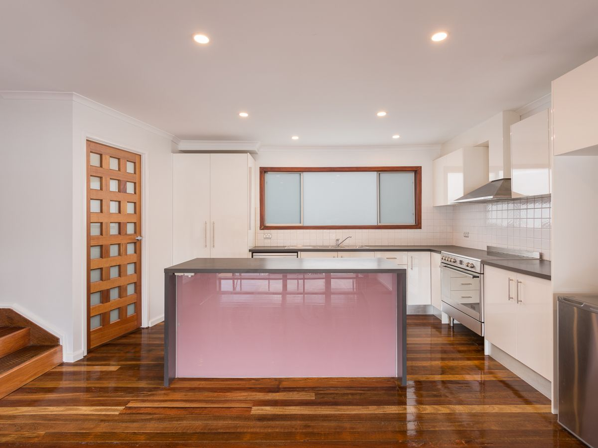 3/23 Hooker  Boulevard, Broadbeach Waters QLD 4218, Image 1
