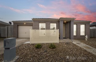 Picture of 11./20-22 Roslyn Park Drive, Harkness VIC 3337