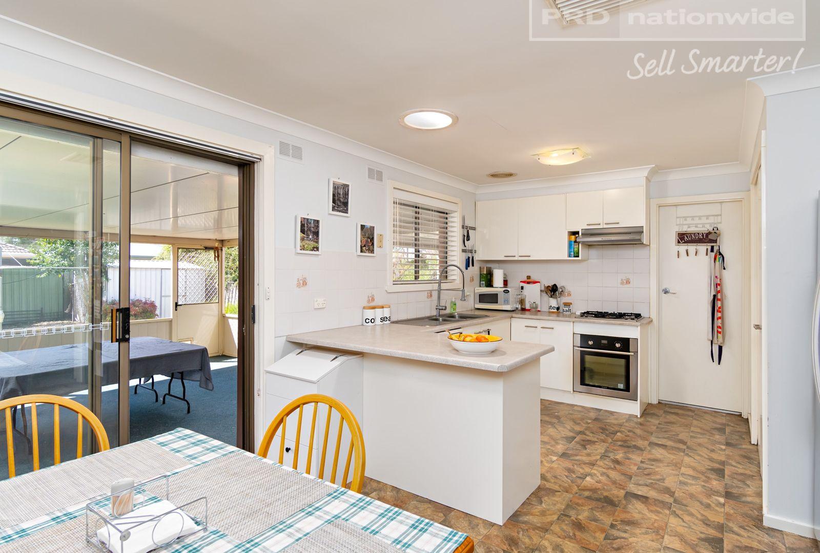 1 Jasmin Crescent, Lake Albert NSW 2650, Image 2