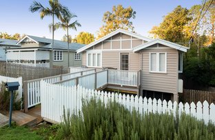 Picture of 16 Glen  Street, Coorparoo QLD 4151