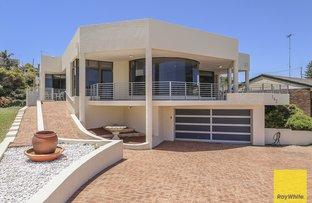 Picture of 142 Ocean Drive, Quinns Rocks WA 6030