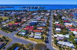 69 Errol Avenue, Paradise Point QLD 4216