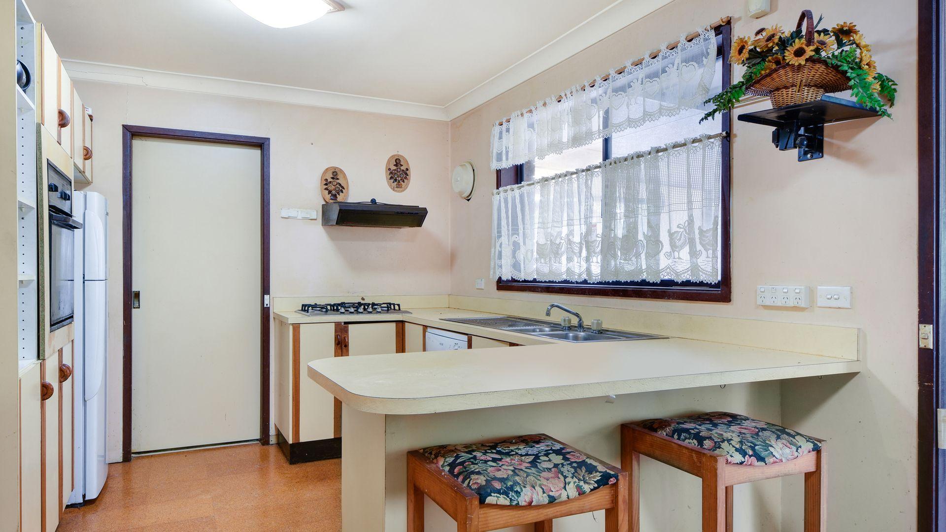70 Fluorite Place, Eagle Vale NSW 2558, Image 1