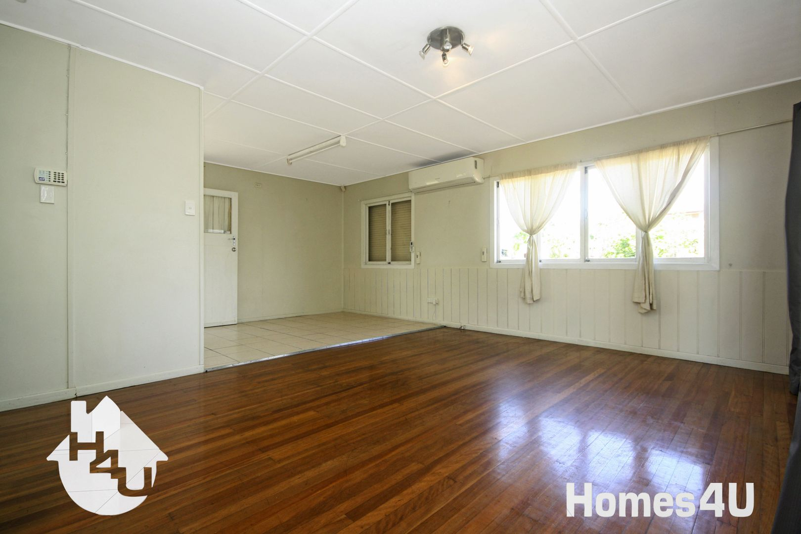 64 Griffith Rd, Scarborough QLD 4020, Image 1