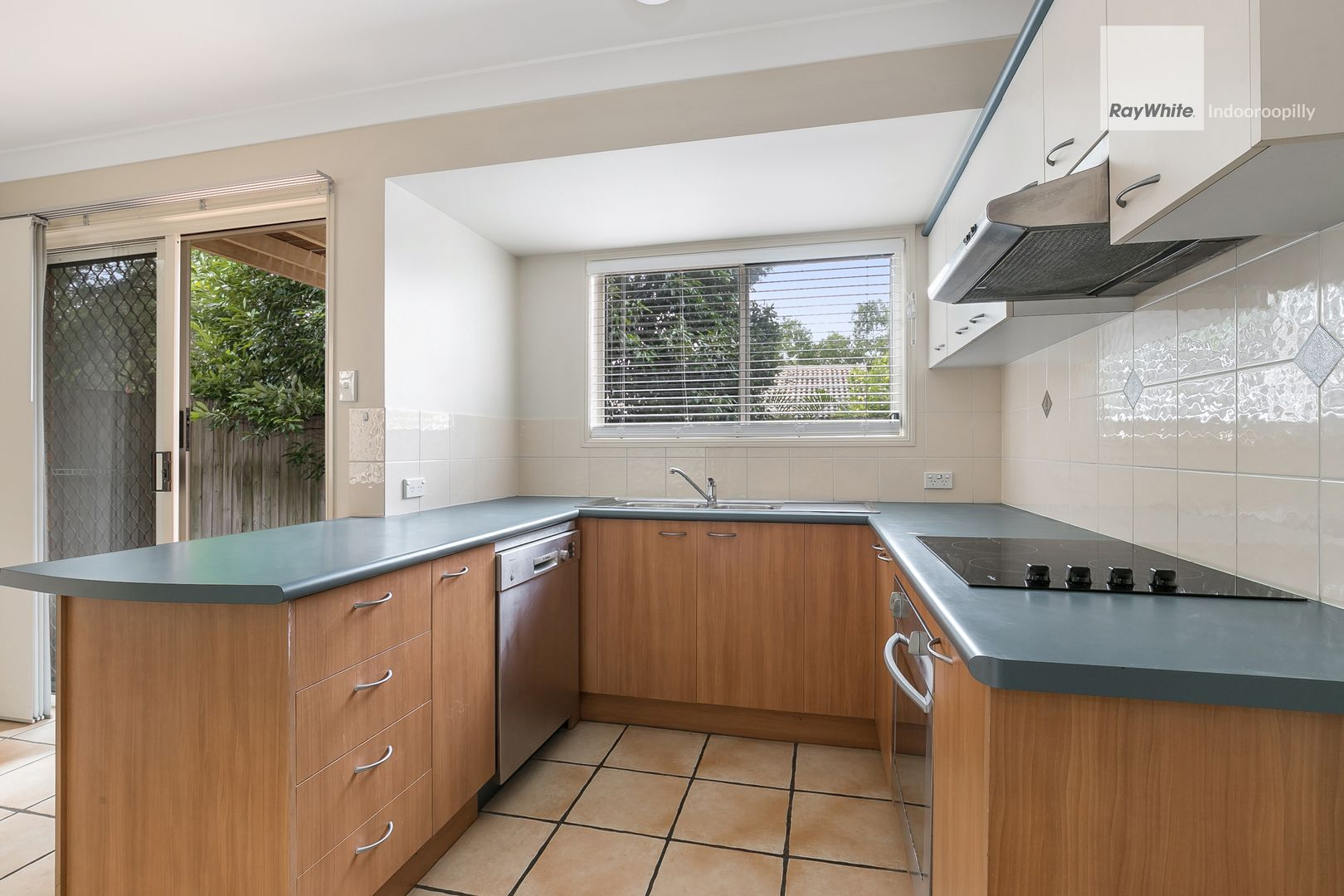 11/25 Hogan Place, Seventeen Mile Rocks QLD 4073, Image 1