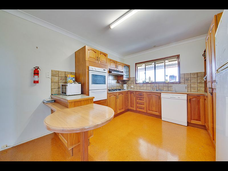7 Barracuda Crescent, Lammermoor QLD 4703, Image 1
