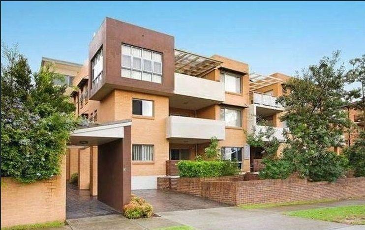 8/13 Mill Street, Carlton NSW 2218, Image 0