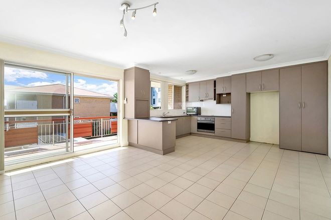 Picture of 5/31 Ninth Avenue, COORPAROO QLD 4151