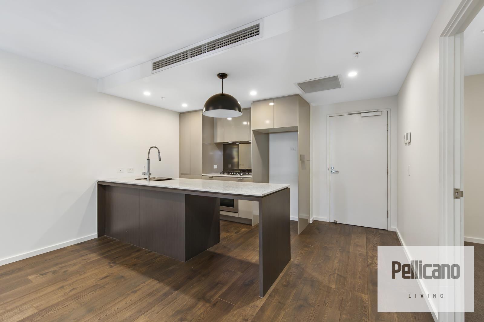 2 bedrooms Apartment / Unit / Flat in 908/148 Logan Road WOOLLOONGABBA QLD, 4102