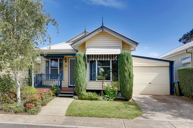 Picture of 37/2A Railway Avenue, WERRIBEE VIC 3030