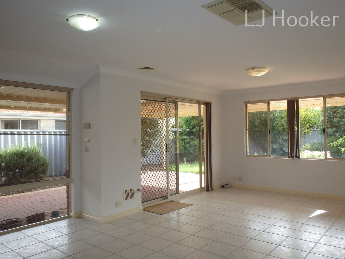 15 Morritt Close, Rockingham WA 6168, Image 2