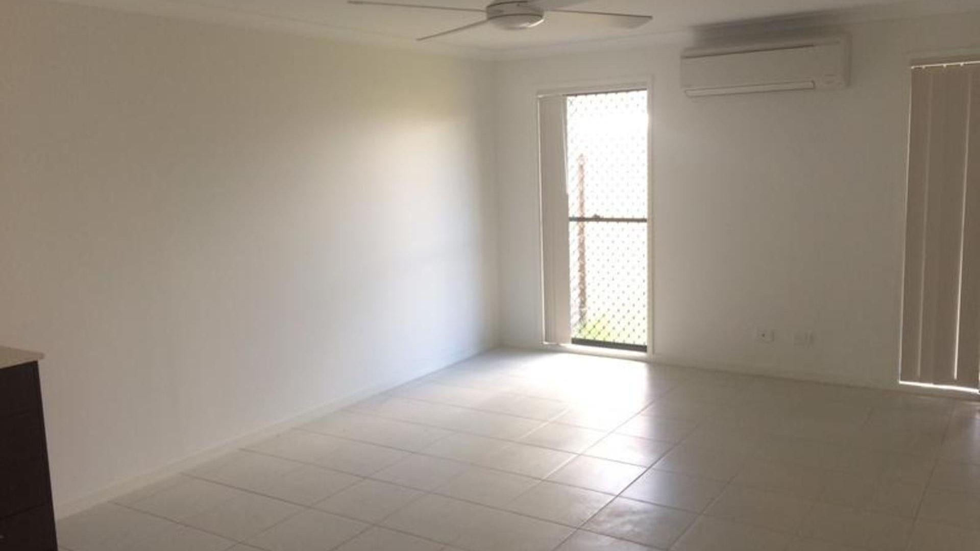 1/9 Nandina Court, Morayfield QLD 4506, Image 2