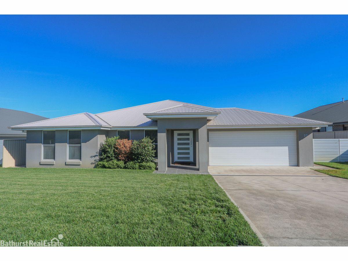 37 Westbourne Drive, Llanarth NSW 2795, Image 0