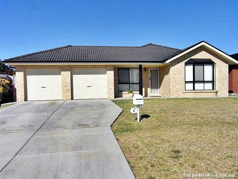 5 Apprentice Avenue, Ashmont NSW 2650, Image 0