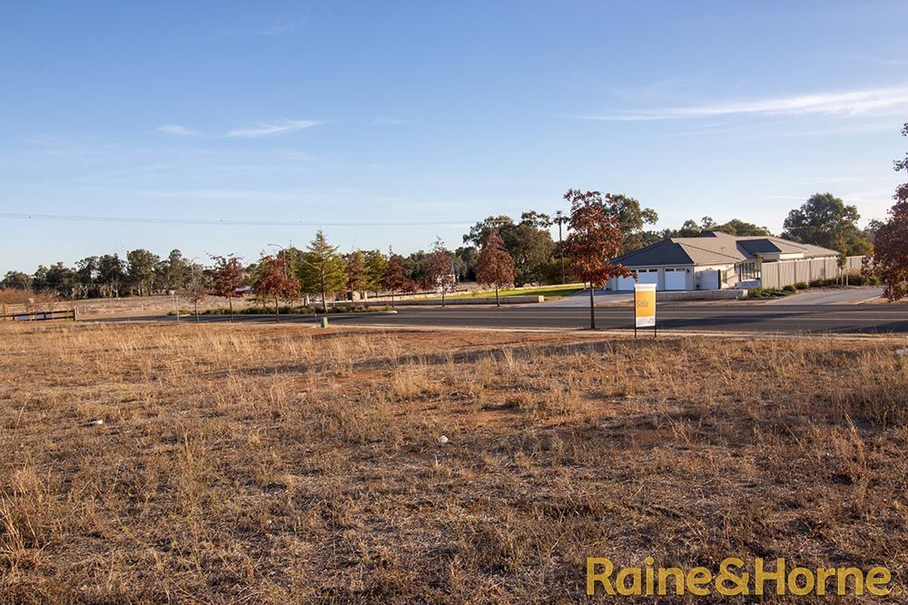 71 Holmwood Drive (Lot 119 Macquarie View Estate), Dubbo NSW 2830, Image 2