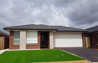 Picture of 26 Meighen  Circuit, Melton South VIC 3338