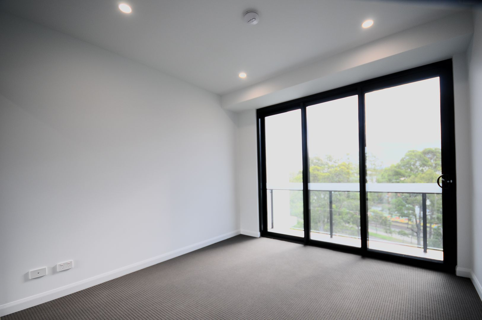 291/181 Clarence Road, Indooroopilly QLD 4068, Image 1