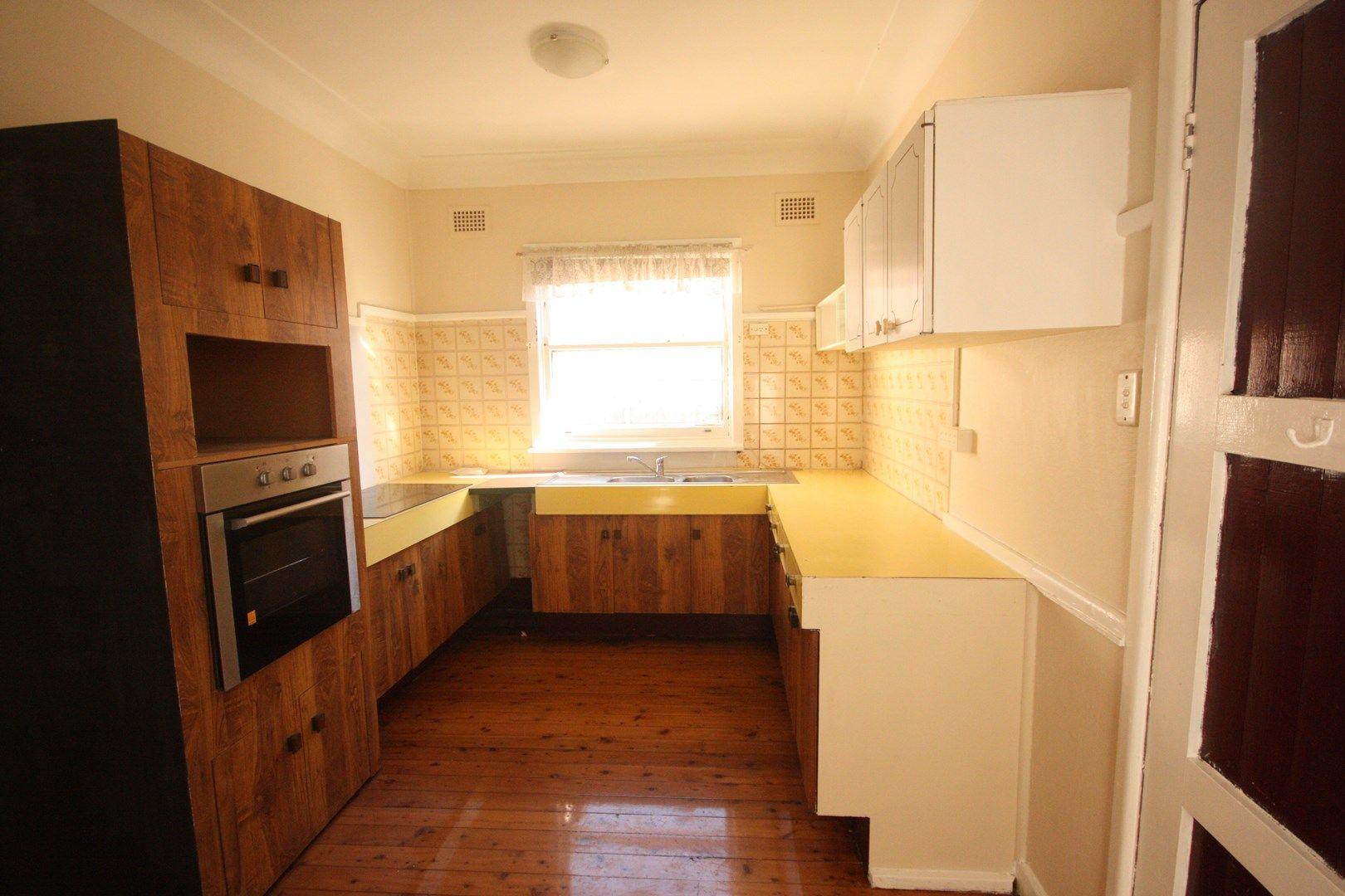 9 Hughes Street, Leumeah NSW 2560, Image 2