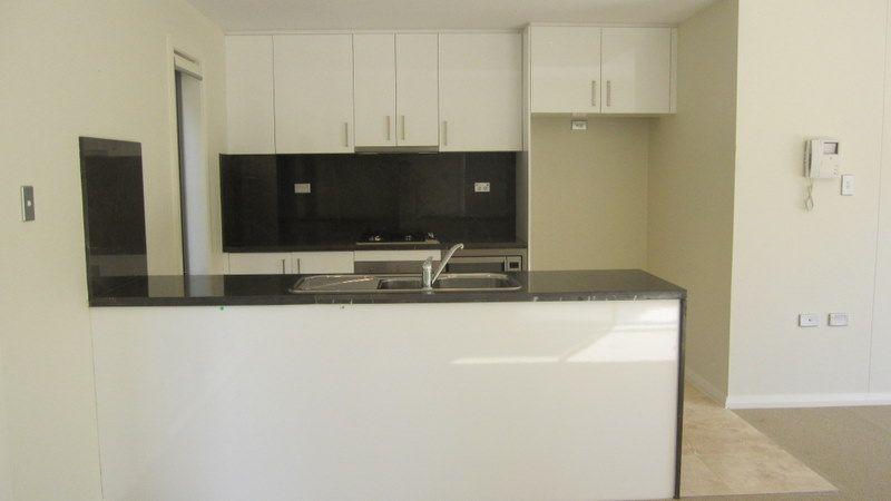 23/6-8 Culworth Ave, Killara NSW 2071, Image 2