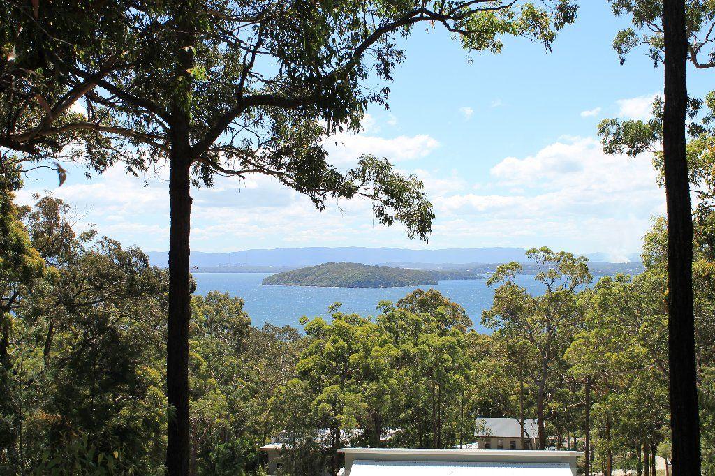 12 Lake Ridge Lane, Murrays Beach NSW 2281, Image 0