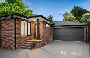 Picture of 2 & 3/5 Highland Avenue, Croydon VIC 3136