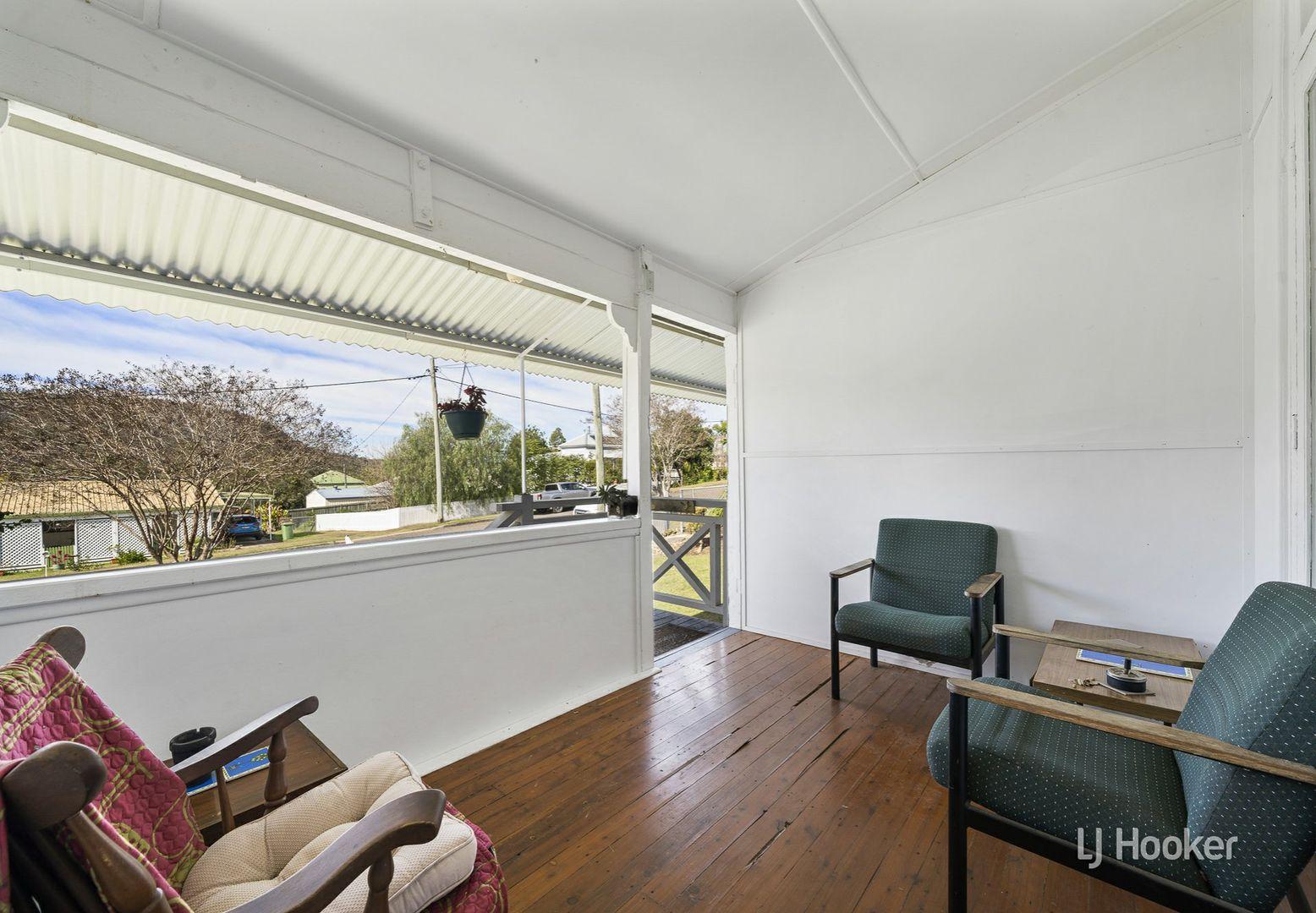 31 Down Street, Esk QLD 4312, Image 2