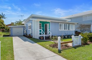 Picture of 3 Pelican Street, Victoria Point QLD 4165