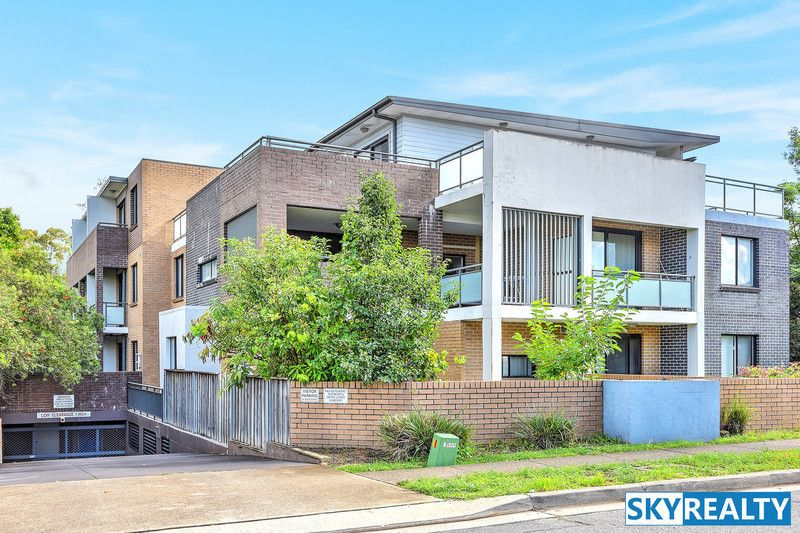 8/213 William Street, Granville NSW 2142, Image 0