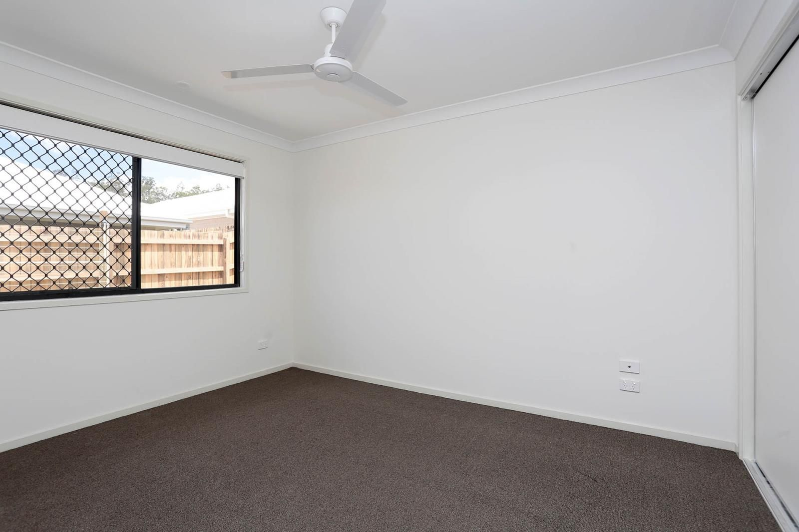 2/34 Dalby Street, Holmview QLD 4207, Image 1