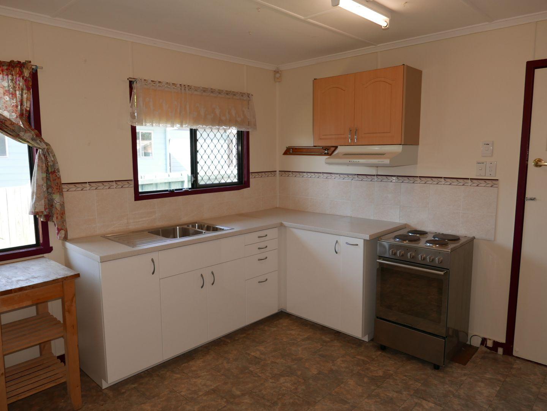 52 Elizabeth Street, Acacia Ridge QLD 4110, Image 2