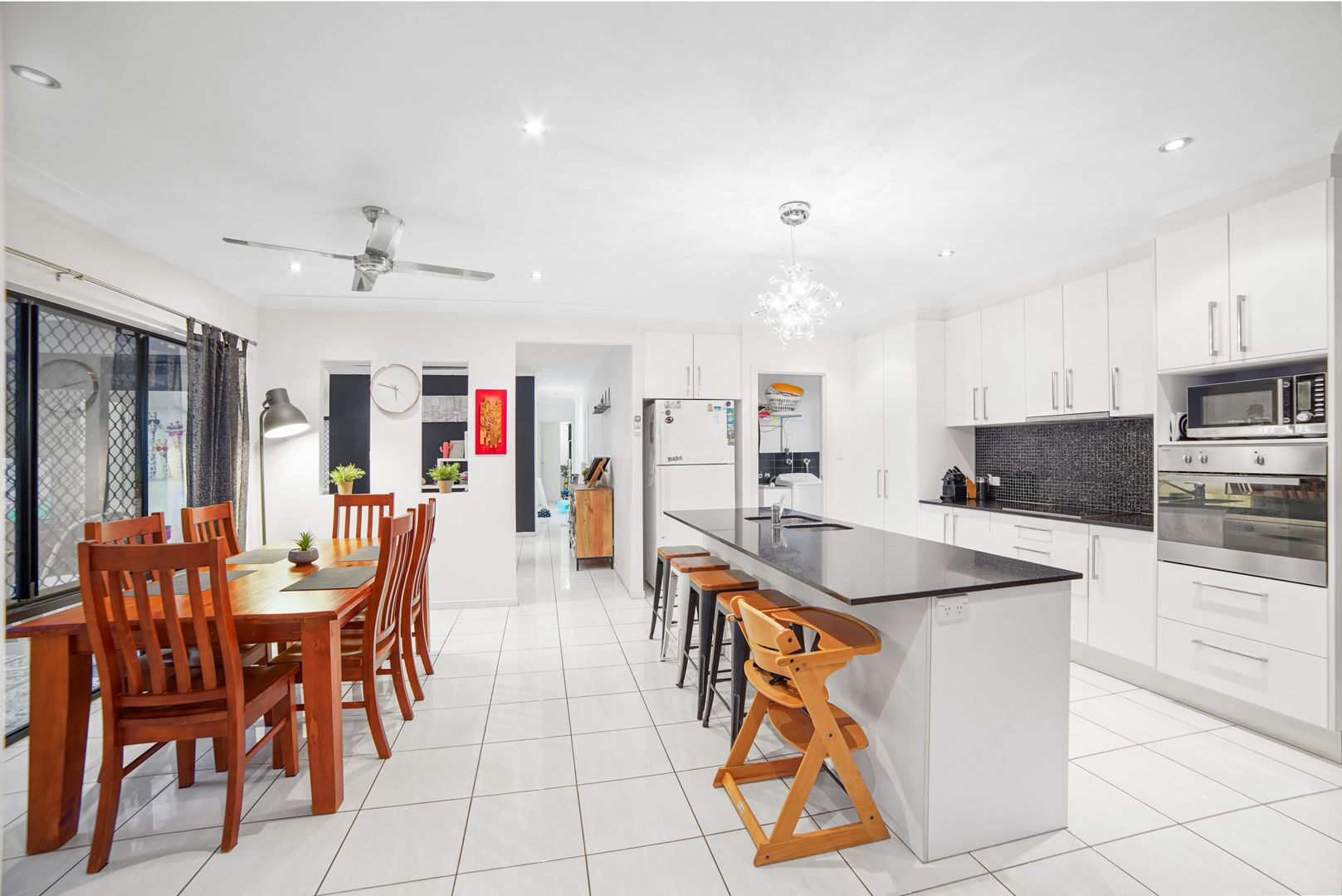 8 Lora Close, Bentley Park QLD 4869, Image 2