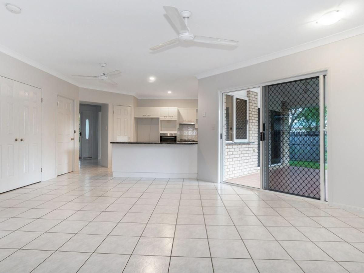41 Banning Avenue, Brinsmead QLD 4870, Image 2